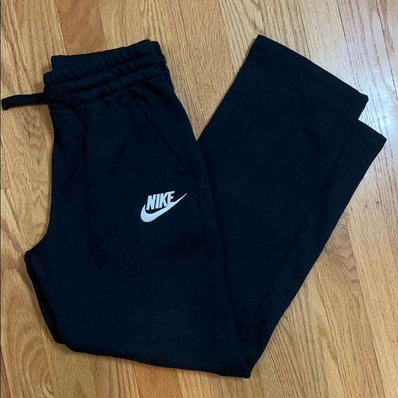 Nike Other - Nike Black Sweatpants Pockets Embroidered Swoosh L